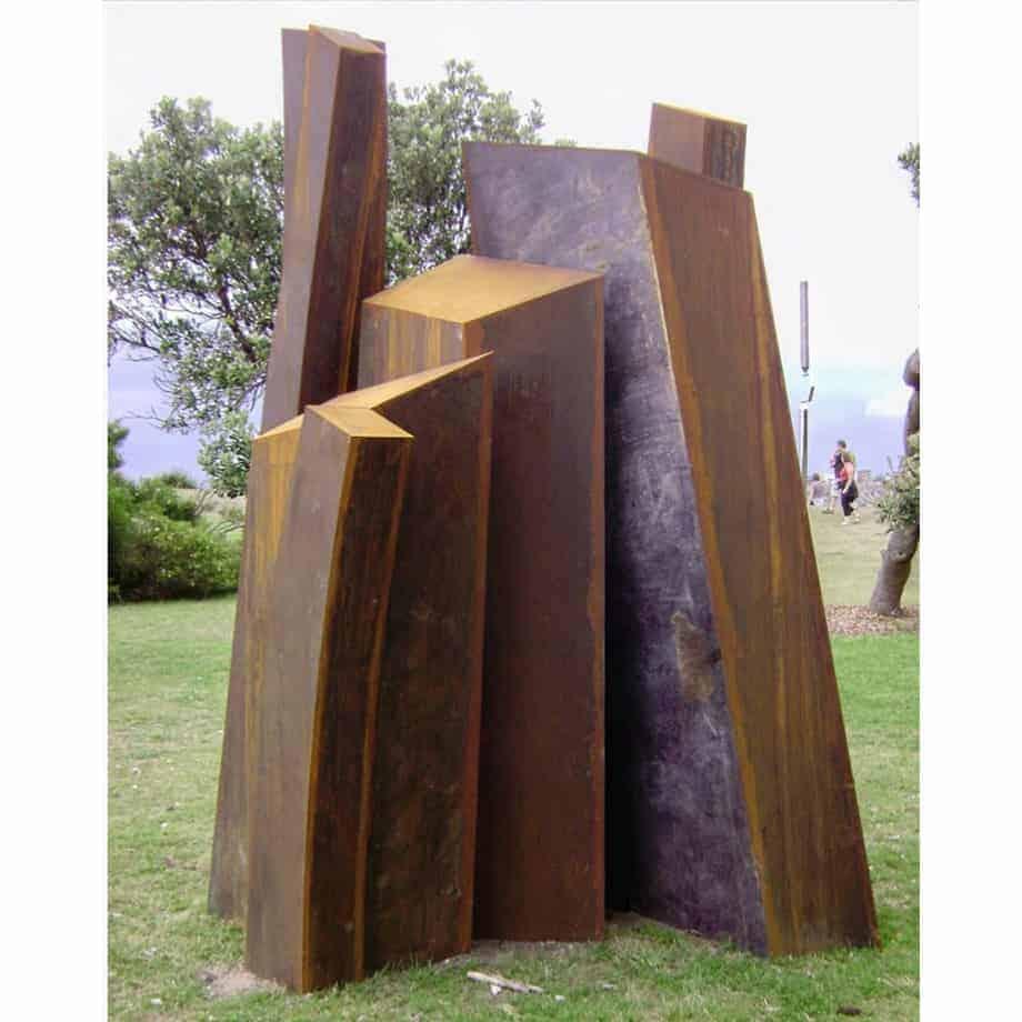 The-Descending-Mountain-300x200cm-CORTEN-STEEL-cortenoutdoorlandmark-Linda-bowden-large-australian-sculpture