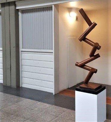 Dropped-metal garden art australian-sculpture-
