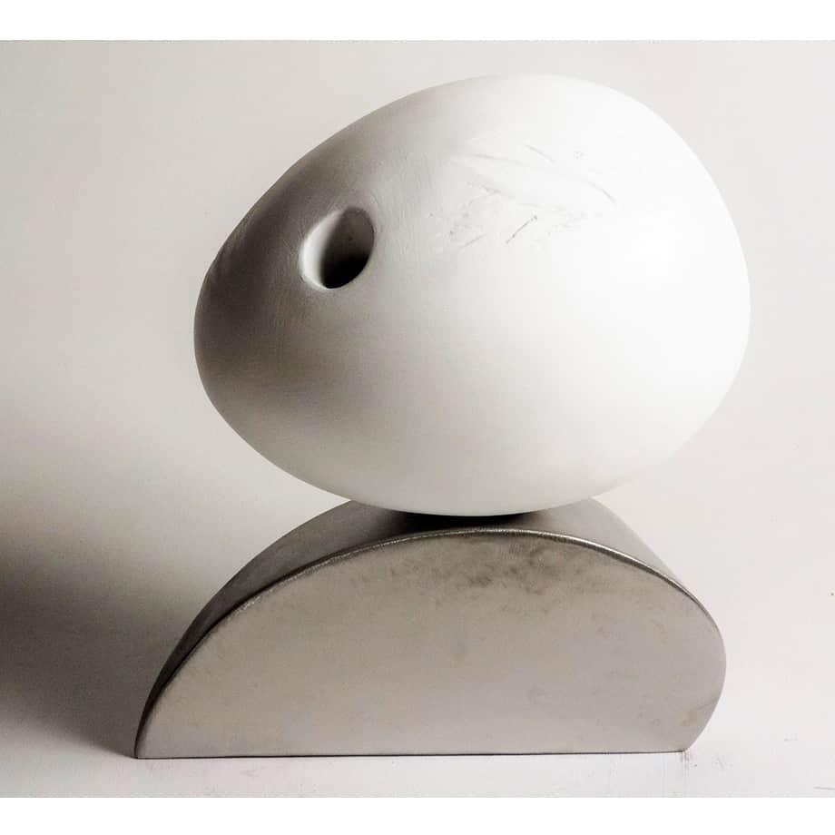 Alma-34cmSTAINLESS-STEEL-plaster-enamel[table-top]dDonal-Molloy-Drum-australian-abstract-interior-sculpture-japanese-modern-contemporary-sculpture