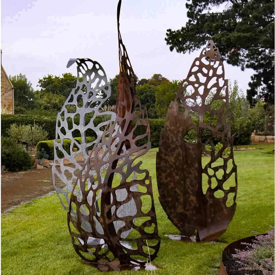 Autumn-Flora-240cm--Fabricated-Steel-[Outdoor,Corten]Kooper-Folko-australian-sculpture-outdoor-garden-art-leaves-nature