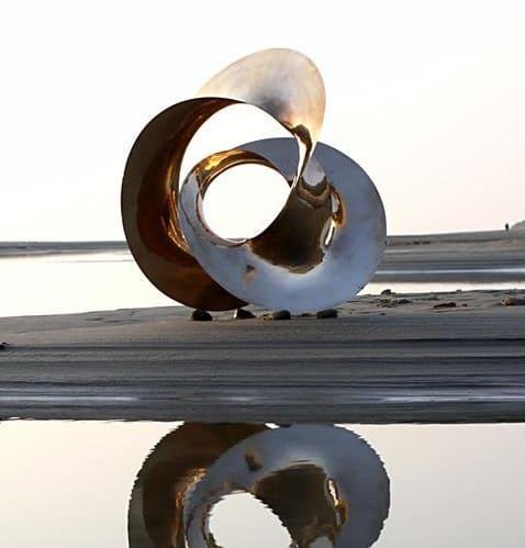 abstract metal garden sculpture