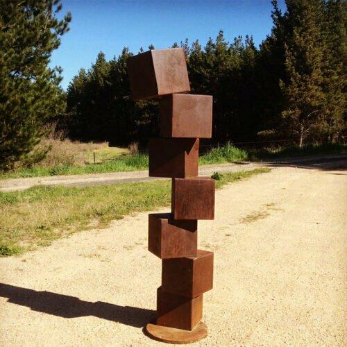 Cubestack-metal garden art 150cmCOATED-STEEL-[Corten,outdoor,Landmark]-alex-shiebner-australian-sculpture-geometric-garden-art-cube-balance-gravity-motif