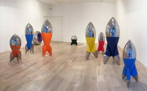 pop art sculpture, balloon art sculpture