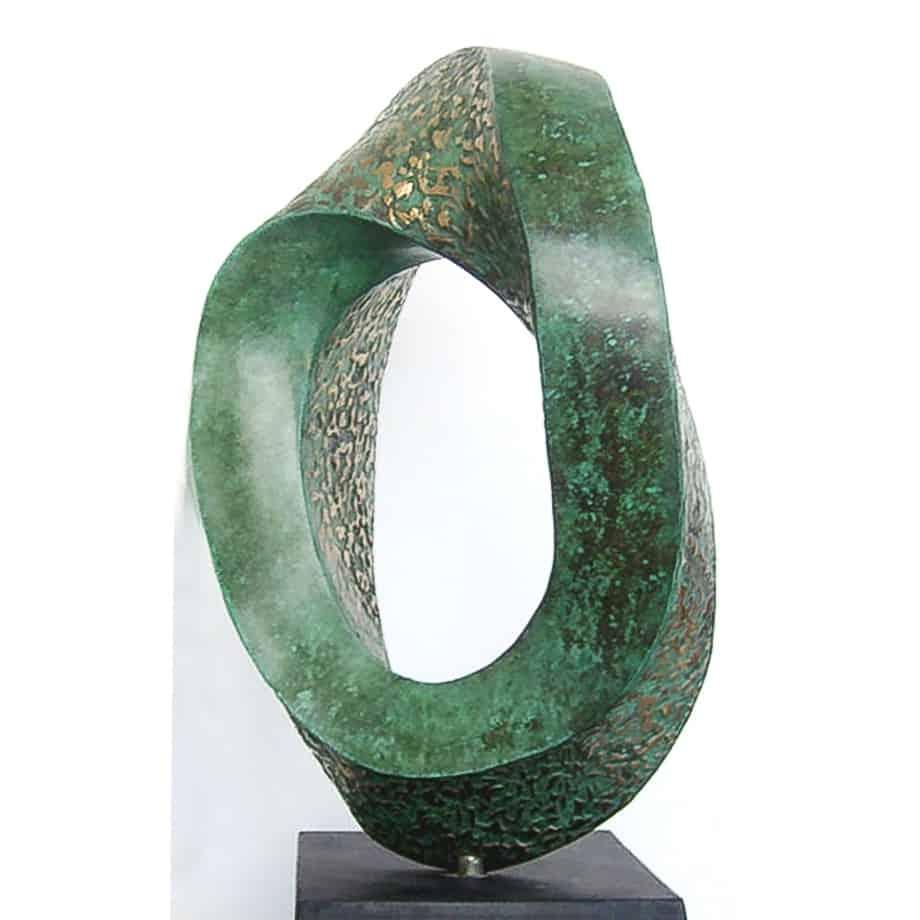 Endless-Mobius-Curve-Ed-2of6--60x35cm---BRONZE-Patina-[bronze,-table-top]-Robin--Holliday--australian-bronze-scientific--sculpture