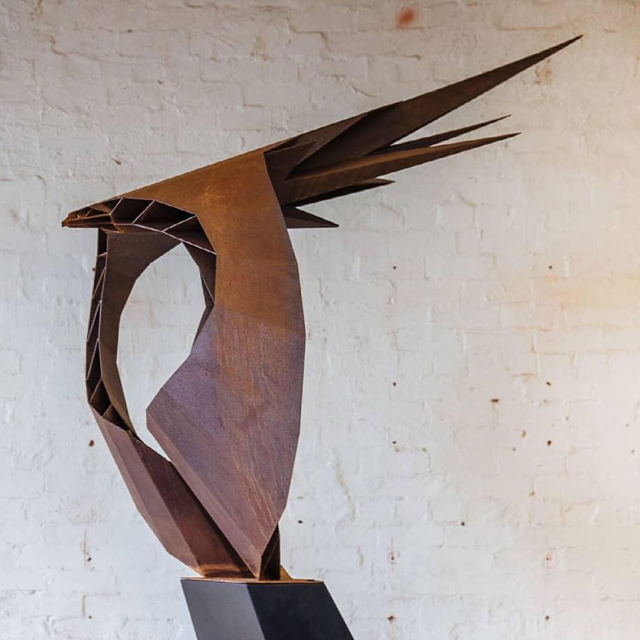 Hunter-2.8cm-CORTEN-[freestanding,corten,outdoor,landmark]-vick-damien-eagle-art-bird-sculpture-australian-large-scale-garden-sculpture