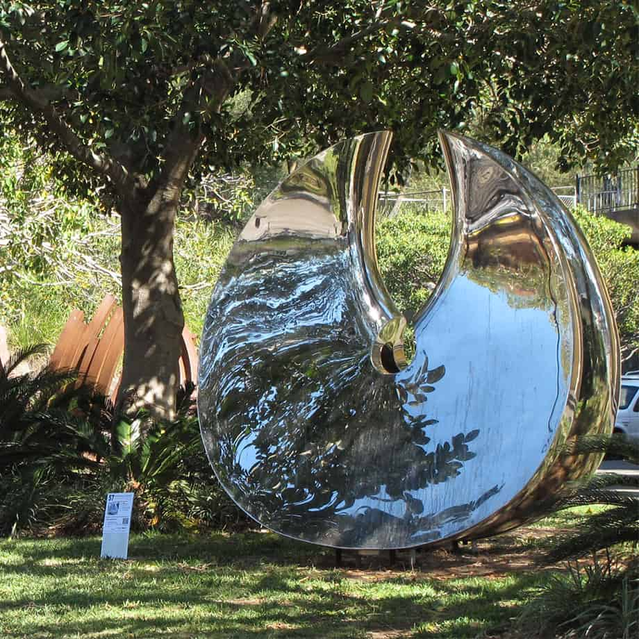 Manifested-200x169cm-POLISHED-Stainless-STEEL[Landmark,Stainless-steel,-outdoor]blazeski-australian-abstract-sculpture-spherical-art