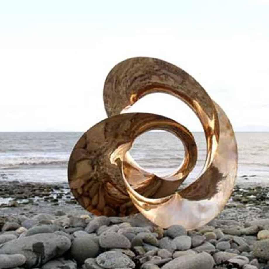 Motion-3-CAST-BRONZE--on--TILE-30x30cm-[Bronze-Tabletop]Ben-Storch-sculpture-australian-abstract-twisted-form-art