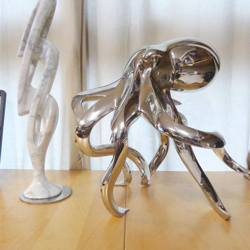 Octopus-Sml-44x24x28-stainless-steel-animal-sculpture,-interior-art,-indoor-sculpture