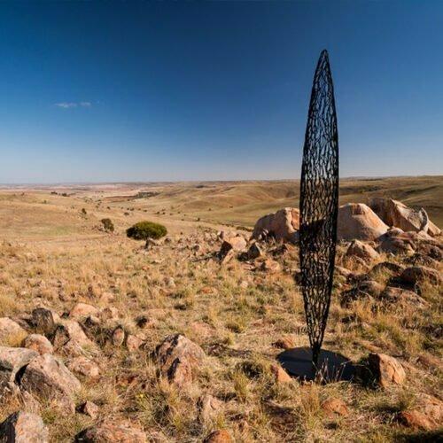 StillStanding-3m--MILD-STEEL-[outdoor,-free-standing]-Astra-Parker-tall-sculpture-australian-artist-outdoor-garden-art