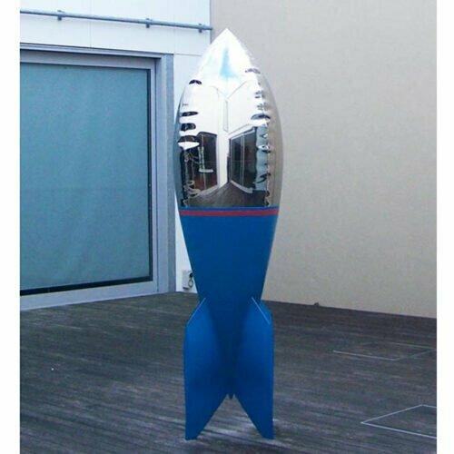 blake-220cm--STAINLESS-STEEL-INDUSTRIAL-COATING-[stainless-steel,-free-standing,outdoor]david-mcCracken-rocket-sculpture-australian-artist-pop-art